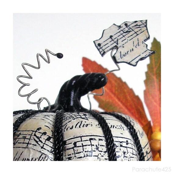 Music Pumpkin 123, 3 inch, decoupage Halloween decor, music decor, shabby chic
