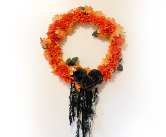 Halloween Wreath with Black Roses