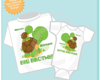 Personalized Set of 2 Big Brother and Little Brother Turtles Tee Shirts or Onesies (08312012c)