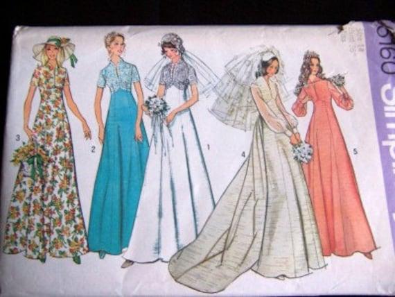 1973 Vintage Wedding Dress Bridal Gown Bridesmaid Dress Sewing