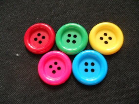 20 pcs Big button4  hole size size 33mm red dark green yellow pink light blue