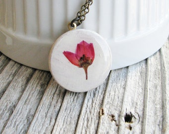 Pressed Flower Necklace Pressed Coral Pink Boronia Flower Wood Resin Pendant Unique Jewelry Naturalist Gift Bridal Jewelry