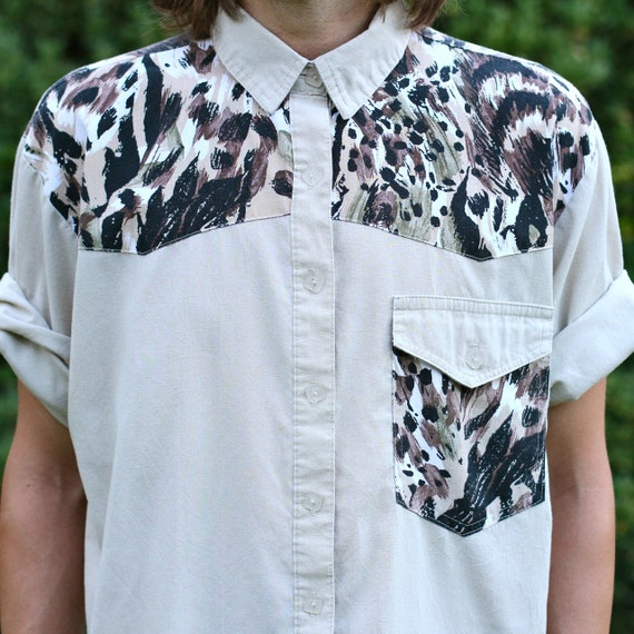 Unisex Animal Print Short Sleeve Safari Shirt - M/L