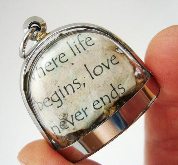 Where Life Begins Love Never Ends, Heart  for Mom, Mini Curio Display, Locket Necklace,Natural World