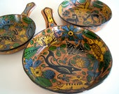 Early Fantasia Style Mexican Majolica Folk Art Pottery Set of Three Nesting Pans