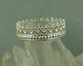 Silver Crown Ring / Queen's Crown Ring / Sterling Silver Crown / Size 8.25 Ready to Ship