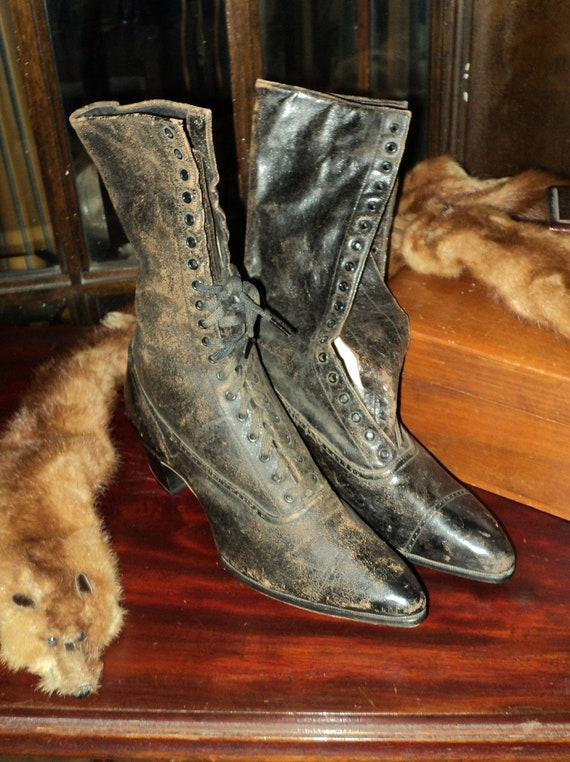 Victorian High Boots Museum Collection Deacession Original Wearable Display Nice Color