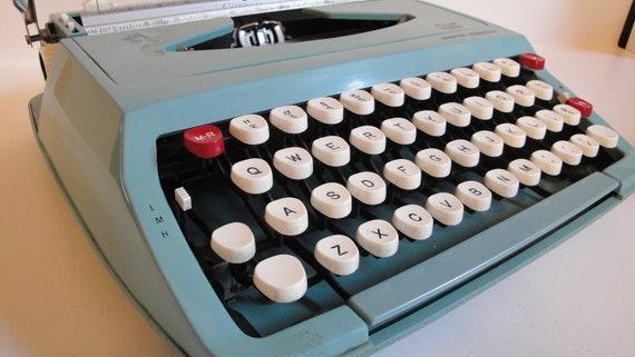 Vintage Corsair Turquoise Typewriter 1950s