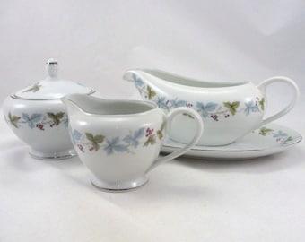 Vintage sugar bowl, creamer, gravy boat, fine china Japan leaves grapes, vintage china pattern 6701, vintage serving set