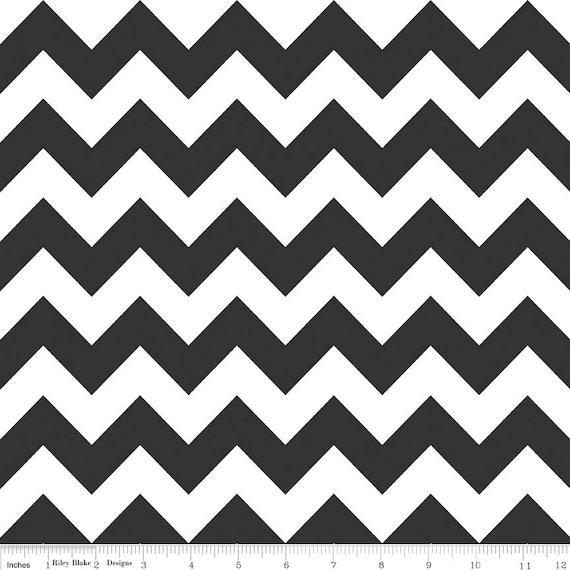 1 Yard Black & White Medium Chevron