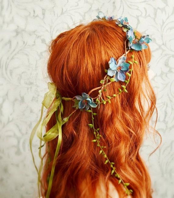 Eäryendë - teal blossom and sea grass crown