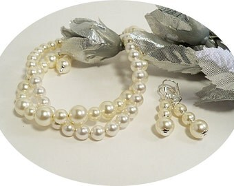 2 Strand Bridal Bracelet and Earrings Set,  Ivory Pearl, Bridesmaid Jewelry, Wedding Jewelry,  Bridal Accessories,Pearl Jewelry,Accessory