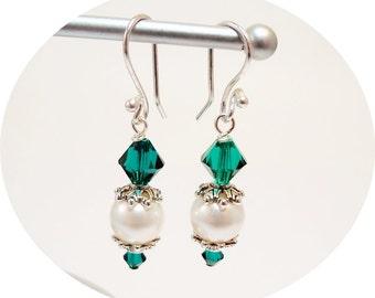 Emerald Green Earrings,  Bridal Earrings, Wedding Earrings, Pearl Crystal Earrings, Clip On Earrings, Bridesmaid Earrings, Dangle Earrings
