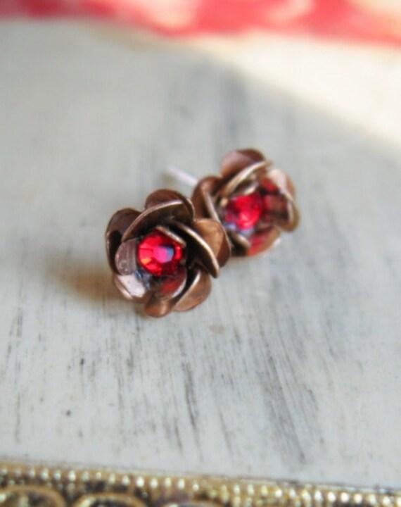 Winter Berry Red Festive Post Flower Earrings