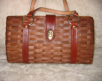 Original Vintage 50s 60s Split bamboo or reed Purse with leather trim. Made in Hong Kong.