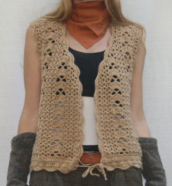 Vintage 70s Hand Knit Lace Hippie Sweater Vest in Natural Tan Size Medium to Large