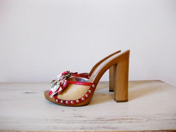 vintage Dolce & Gabbana platforms // size 6