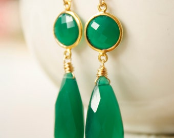 Emerald Green Onyx Teardrop Earrings - Red Carpet Glamour - 14KT Gold Fill