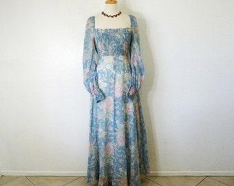 Edwarding dress Pastel Blue Floral Cotton dress Jody T of California Dress, S