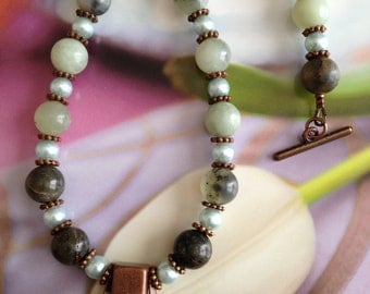 Agate and Copper Necklace and Matching Earrings
