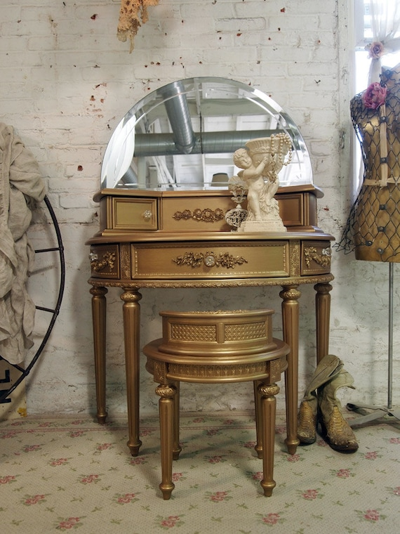 Painted Cottage Chic Shabby Gold Vanity