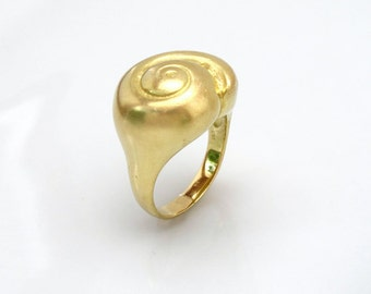 Hatteras Snail Shell 18k Gold Ring