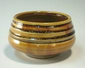 Gold soup bowl (IV34)