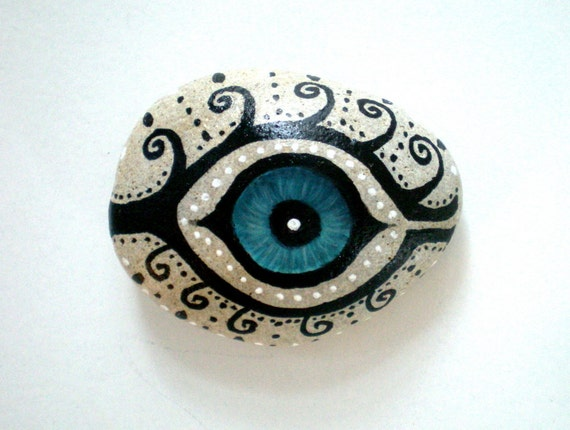 Mystic Evil Eye - Painted Stone, handpainted healing  meditation stone