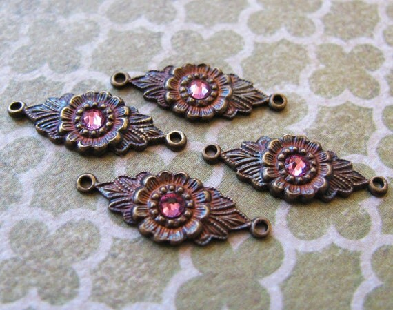 Vintage Brass Connectors with Swarovski Rhinestones - Hand Antiqued Brass Settings - Floral Brass Connectors - 18mm