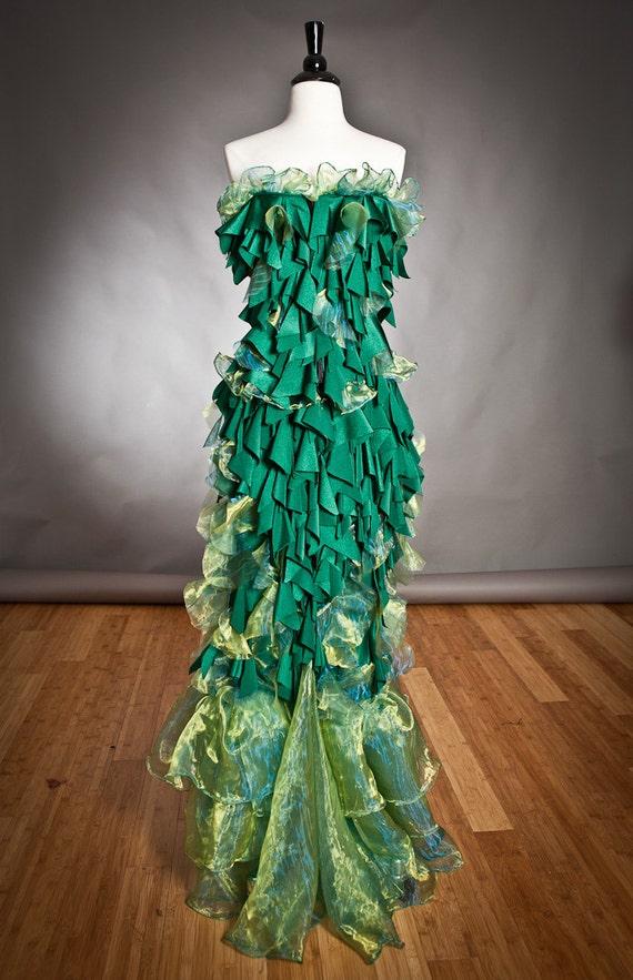 Size Medium greem Mermaid Burlesque style costume Corset dress Ready To Ship