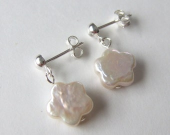 Freshwater Pearl Flower Sterling Silver Post Dangle Earrings E002