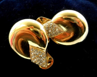 Vintage Italian 1970s clip on earrings - unusual shiny gold form illuminated by crystals  - beautiful and elegant -Art.112 / 2 -