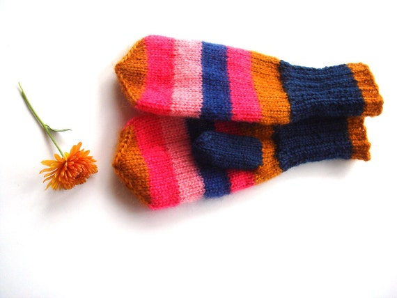 Winter mittens, girl/ women gloves, gift for her, knit accessory