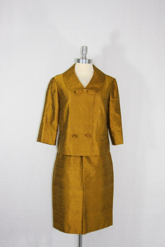 RESEVERD.......1960s Vintage Suit - Warm Fall Fashion Mustard Raw Silk Spicy Mad Men Suit