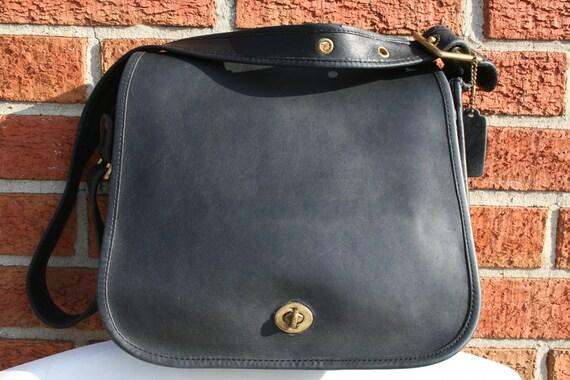 COACH 7532 BLACK Messenger Footed Full Flap LARGE Vintage United States Crossbody Bag