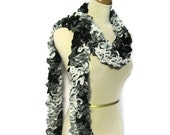 Hand Knit Ruffled Scarf -Black Gray
