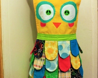 SEWING PATTERN // SALE// Nerdy // Classic // Rainbow Owl Apron //Adult size instructions