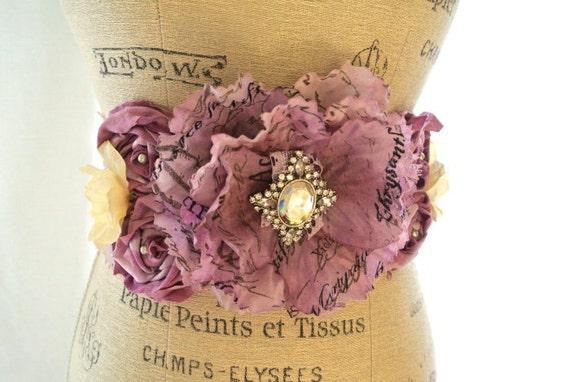 Shabby lace sash, romantic belt, country style belt, bridal sash obi, womens accessories green, rose