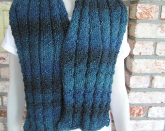 Moonlight on the Waves       Blues with a silver thread Unisex Scarf
