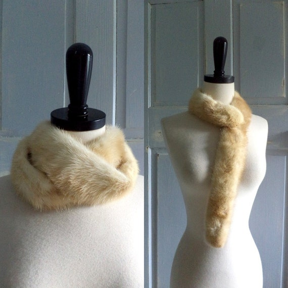 1950s Fur Collar Vintage 50s Off White Fur Versatile Design