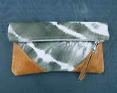 LIBRO CLUTCH - Tie Dye Leather