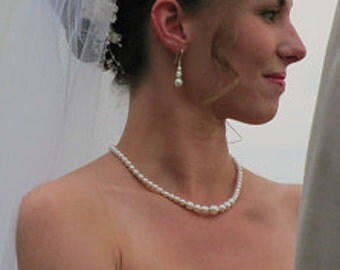 Bridal Pearl Necklace, Wedding Jewellery, Swarovski Pearls, Classic single strand pearl, Bridesmaid jewelry, Blue Pink Champagne pearls