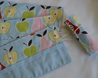 Crayon Roll  UP Cozy Apples and Pears