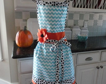 Black Eyed Susan ~ Cute Coastal Chevron Print ~ Thanksgiving and Year Round ~  Women's Apron  ~ 4RetroSisters