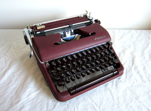 Sale - Gorgeous Burgundy Olympia SM-4 De Luxe Typewriter - Florence - Professionally Serviced