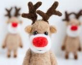 Felt miniature pocket reindeer