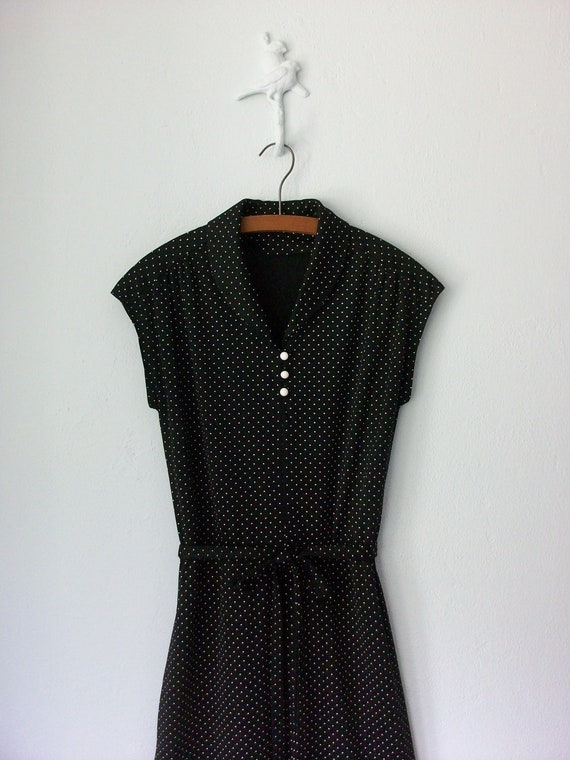 Vintage Black Dress ... Sleeveless Summer Swiss Dots ... Medium