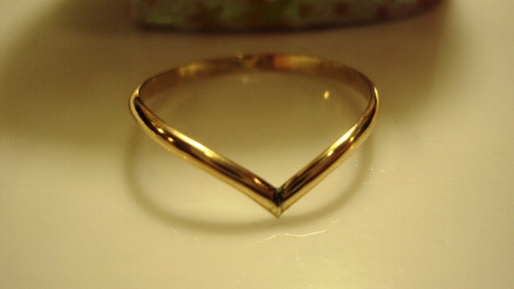 Chevron, etsy jewelry, ring, wishbone, 14K solid GOLD, band, 14g thick, smooth finish, any size up to 9