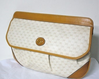 GUCCI Clutch Handbag Tan Leather Cream Monogrammed Large Tote - AUTHENTIC -