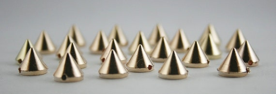 50 pcs. Acrylic Gold Cone Spikes Beads Charms PendantsFinding 8 mm. CHB1